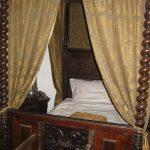 komnata sypialna z łóżkiem w Zamku Niedzica