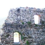 mury i okna zamku czorsztyn